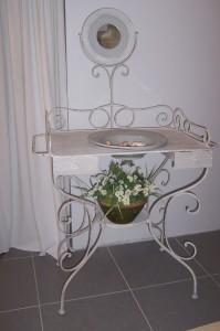 vente de meubles de brocante sur Montpellier